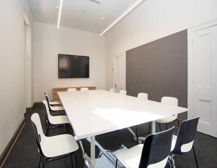 Town Hall Meeting Room G.3 - Boardroom set-up